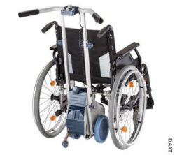 Photo: Wheelchair with pushing and braking aid CAMILINO; Copyright: AAT