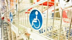 Photo: wheelchair-accessible shopping cart; © panthermedia.net/foottoo