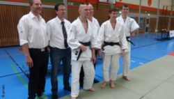 Photo: Ludger Steffens with other judo practioners; Copyright: private