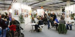 Photo: Visitors in Studio 111 at REHACARE; Copyright: Messe Düsseldorf