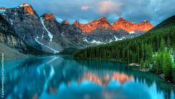 Photo: The Moraine Lake at Banff National park; Copyright: panthermedia.net/JamesWheeler