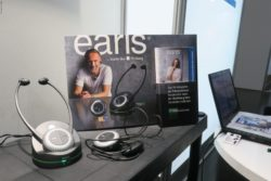 Photo: The earis headphones; Copyright: beta-web/Schlüter