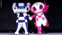 Photo: the mascots Miraitowa (left) and Someity; Copyright: Tokyo2020