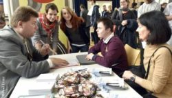 Photo: Application speed dating; Copyright: Paul Esser
