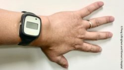 Photo: Actimetry sensor in a wristwatch-like device on a wrist; Copyright: Peng Li/Brigham and Women's Hospital