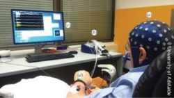 Photo: The brain-computer interface neurofeedback training session; Copyright: University of Adelaide