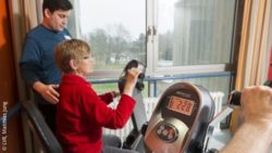 Photo: Woman with dementia during endurance training on the ergometer; Copyright: LVR, Matthias Jung