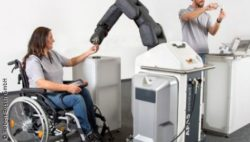 Foto: robot helps at workplace
