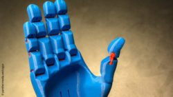 Photo: blue prosthetic hand; Copyright: panthermedia.net/czgur
