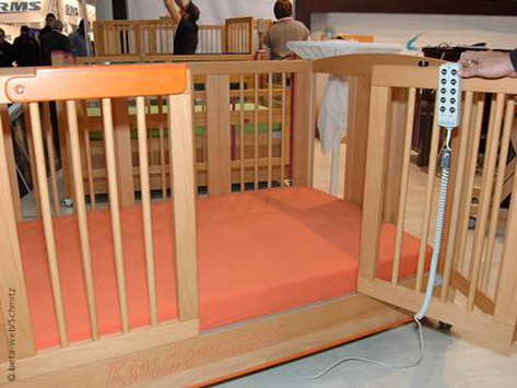 Photo: Infant Care Bed
