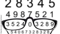 Image: Numbers on a board, reading glasses; Copyright: panthermedia.net/Heike Brauer