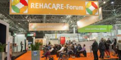 Photo: Audience in the REHACARE Forum; Copyright: Messe Düsseldorf