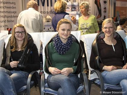 Photo: Jennifer Haase, Elina Kodowbezky, Christine Großmann