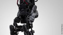 Image: a black exo-sceleton on grey ground; Copyright: Ekso Bionics, Inc.
