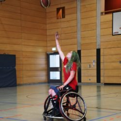 Photo: Ronja Holze during Wheelchair Basketball training; Copyright: private