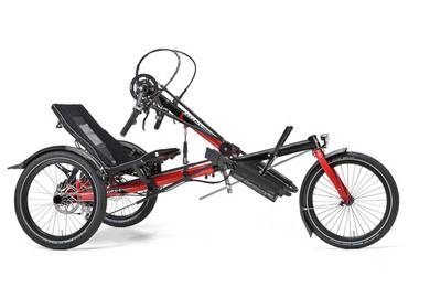 Handbike with high tech: the rear-wheel drive guarantees reliable traction, even when riding uphill.