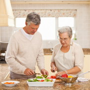 Photo: Elderly woman and man in a kitchen