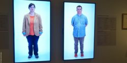 Image: two displays show a man and a woman with Down's syndrome; Copyright: beta-web/Dindas
