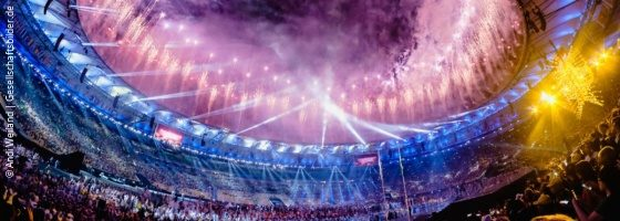 Photo: The Maracana Stadium during the opening ceremony of the 2016 Paralympics; Copyright: Andi Weiland | Gesellschaftsbilder.de